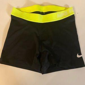 Neon Nike pro